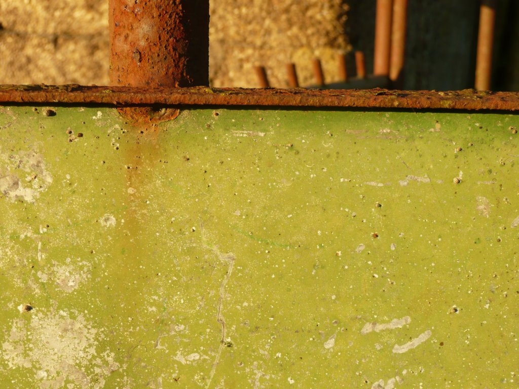 Flaking Khaki Paint on Cattle Crush www.thinkingcowgirl.wordpress.com