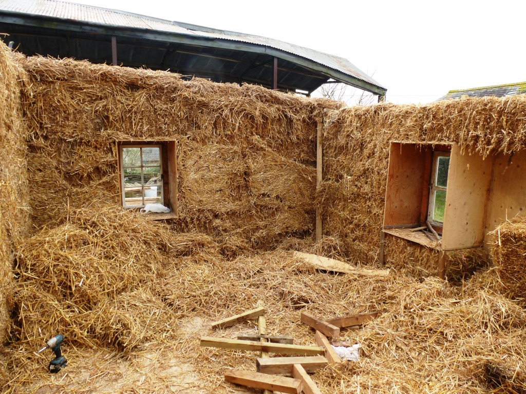 Tiny House Bale House www.thinkingcowgirl.wordpress.com