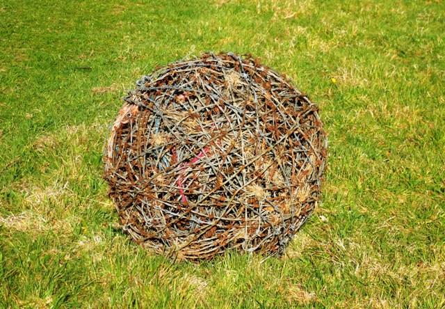 Barbed Wire Ball Artwork www.thinkingcowgirl.wordpress.com