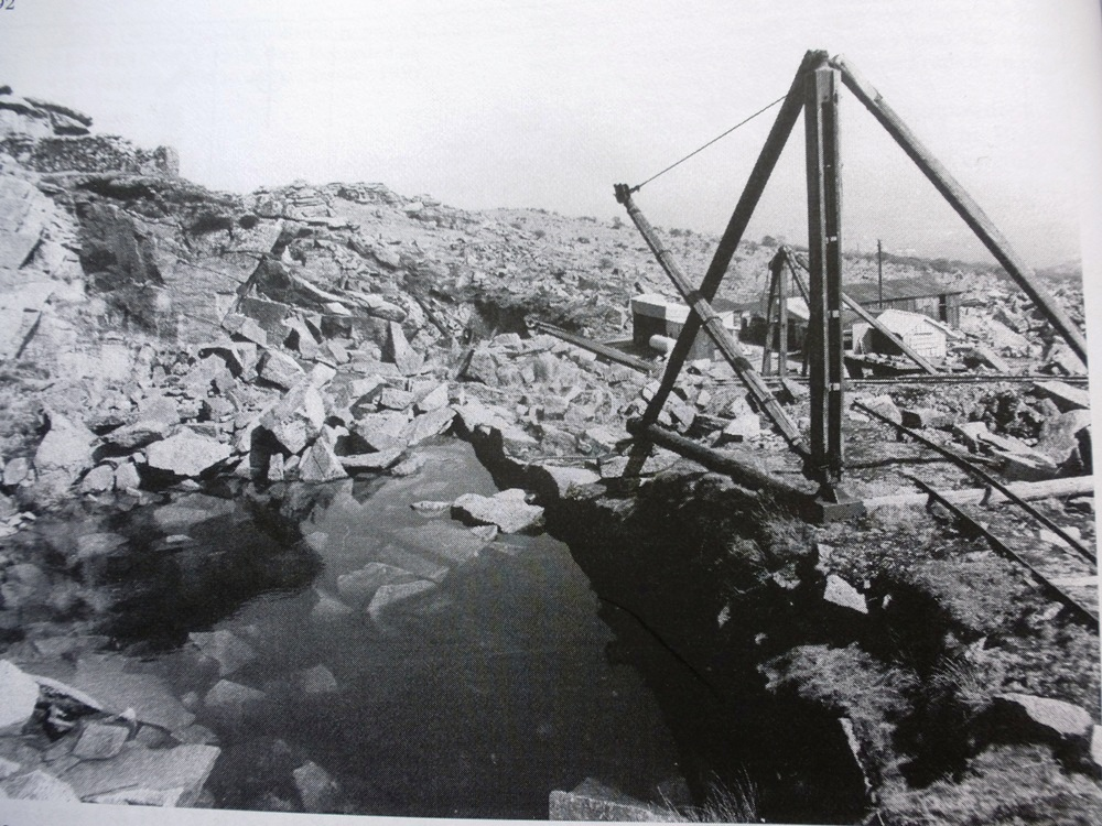 The Bearah Tor quarry in 1979. Picture from Bodmin Moor - An Archaeological Survey (English Heritage)