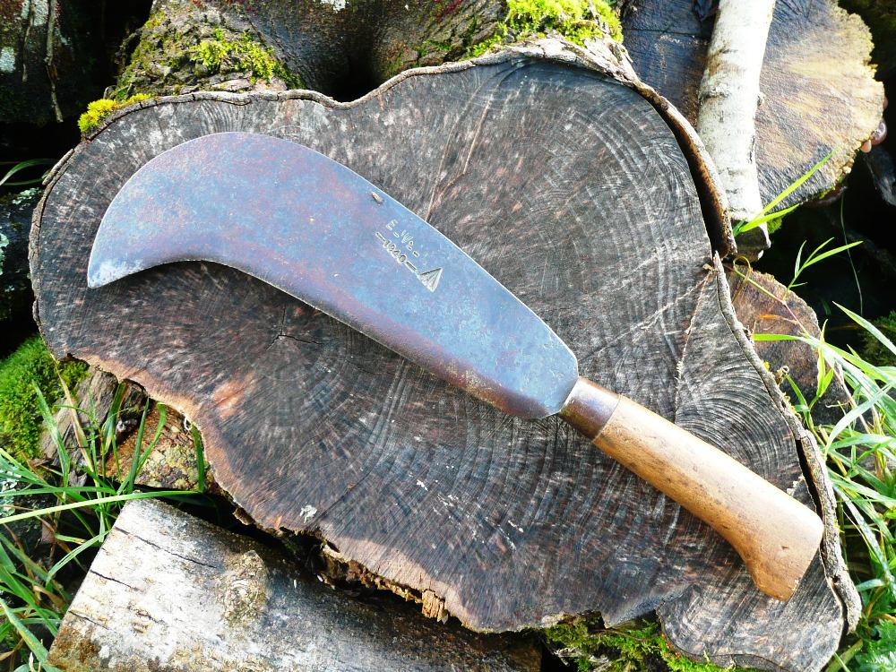 Billhook www.thinkingcowgirl.wordpress.com